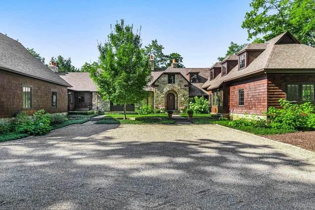 2165 Willow Lake Drive, Mishawaka, IN 46545 (MLS #202136618) :: JM Realty Associates, Inc.