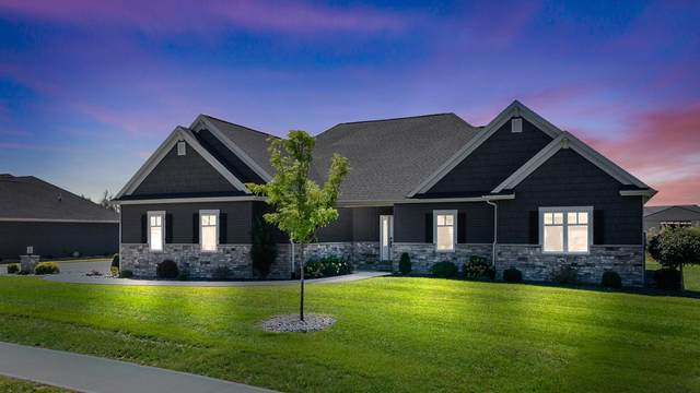 2240 Red Oak Court, Bluffton, IN 46714 (MLS #202136905) :: JM Realty Associates, Inc.