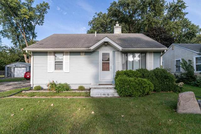 54264 Ironwood Road, South Bend, IN 46635 (MLS #202137131) :: Aimee Ness Realty Group
