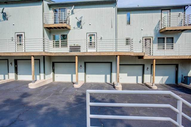 333 Lakeshore Drive B-7, Michigan City, IN 46360 (MLS #202137718) :: Aimee Ness Realty Group
