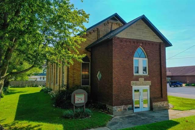 435 S Chippewa Road, Roann, IN 46974 (MLS #202137863) :: The Romanski Group - Keller Williams Realty