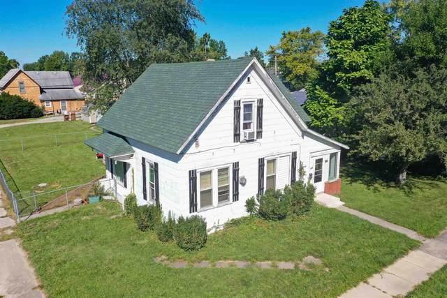 222 S Railroad Street, Monticello, IN 47960 (MLS #202138110) :: The Romanski Group - Keller Williams Realty