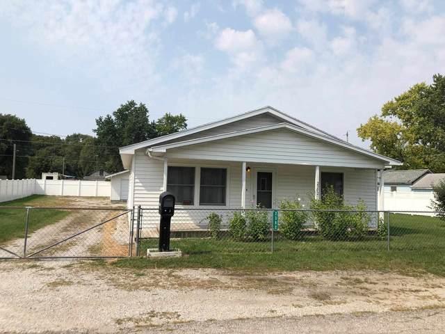 2302 S Clark Street, Marion, IN 46953 (MLS #202138524) :: The Romanski Group - Keller Williams Realty