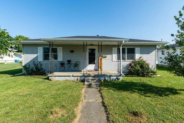 417 E Market Street, Spencer, IN 47460 (MLS #202138721) :: Aimee Ness Realty Group