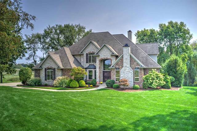 11325 Fishers Pond, Middlebury, IN 46540 (MLS #202138814) :: JM Realty Associates, Inc.