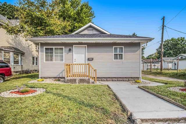 1217 E Calvert Street, South Bend, IN 46613 (MLS #202138960) :: Parker Team