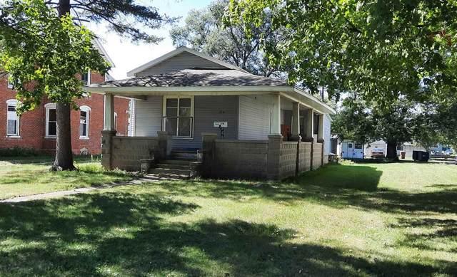 214 N Railroad Street, Monticello, IN 47960 (MLS #202139104) :: The Romanski Group - Keller Williams Realty