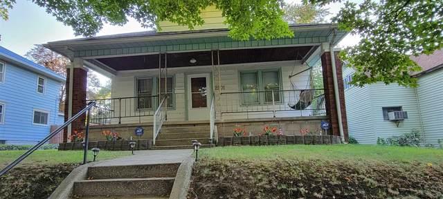 2201 S Catalpa Street, South Bend, IN 46613 (MLS #202139246) :: Parker Team