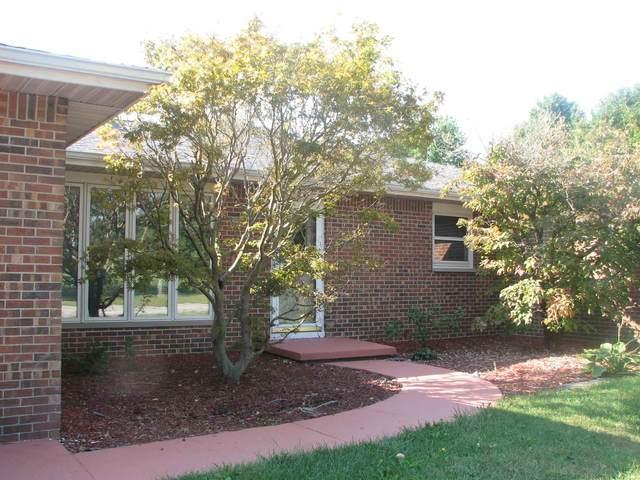 704 W 2ND Street, Fowler, IN 47944 (MLS #202139442) :: The Romanski Group - Keller Williams Realty