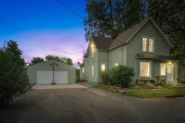216 E Depot Street, Hudson, IN 46747 (MLS #202139858) :: Aimee Ness Realty Group
