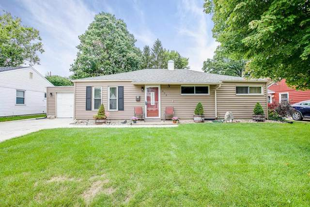603 Manchester Drive, South Bend, IN 46615 (MLS #202140081) :: Parker Team