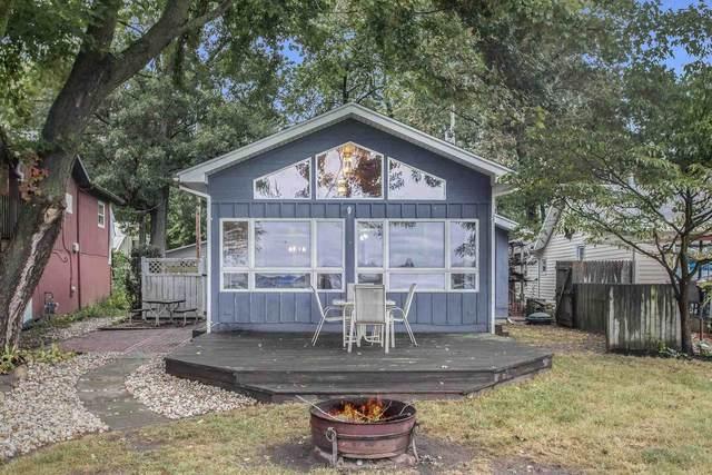 50908 N Shore Drive, Elkhart, IN 46514 (MLS #202140156) :: Aimee Ness Realty Group