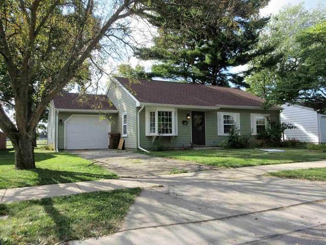 528 Lakeland Avenue, Monticello, IN 47960 (MLS #202140222) :: The Romanski Group - Keller Williams Realty