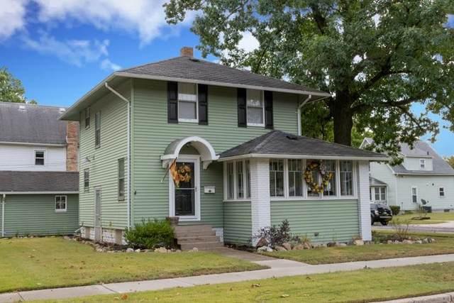 600 N Vine Street, Elkhart, IN 46514 (MLS #202140228) :: JM Realty Associates, Inc.
