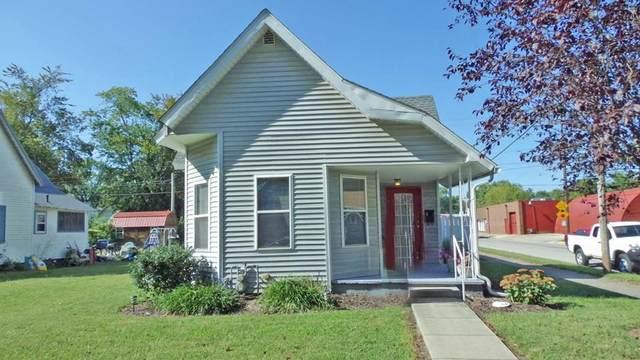 1301 Busseron Street, Vincennes, IN 47591 (MLS #202140302) :: Parker Team