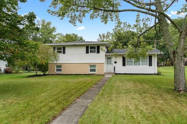 3870 Greendale Drive, Fort Wayne, IN 46815 (MLS #202140367) :: Parker Team