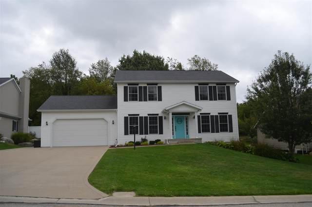 502 Horizon Drive, Middlebury, IN 46567 (MLS #202140439) :: TEAM Tamara