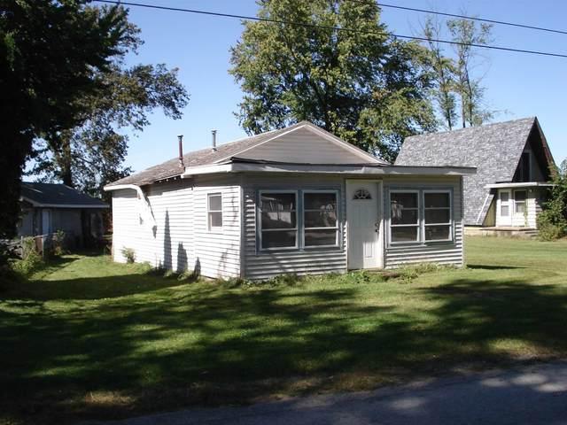 5211 S Elm Street, Knox, IN 46534 (MLS #202140455) :: Aimee Ness Realty Group