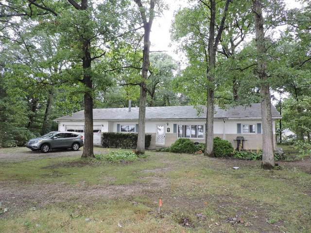 352 E 300 N, Warsaw, IN 46582 (MLS #202140484) :: Aimee Ness Realty Group