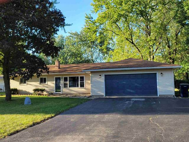 102 Ramar Drive, Warsaw, IN 46580 (MLS #202140583) :: Aimee Ness Realty Group
