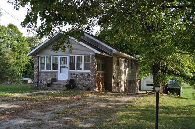 453 E Washington Street, Monticello, IN 47960 (MLS #202140613) :: The Romanski Group - Keller Williams Realty
