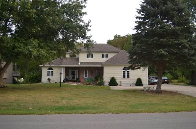4456 E Fox Run Drive, Syracuse, IN 46567 (MLS #202140634) :: Aimee Ness Realty Group