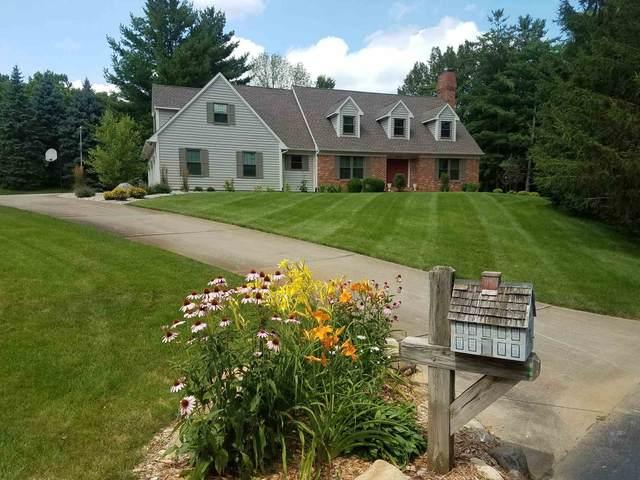 5622 Roseberry Ridge, Lafayette, IN 47905 (MLS #202141835) :: The Romanski Group - Keller Williams Realty