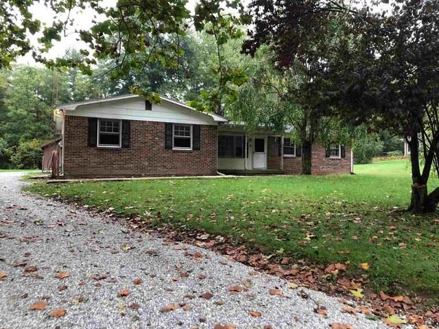 6909 S 500 E, Jonesboro, IN 46938 (MLS #202141845) :: The Romanski Group - Keller Williams Realty