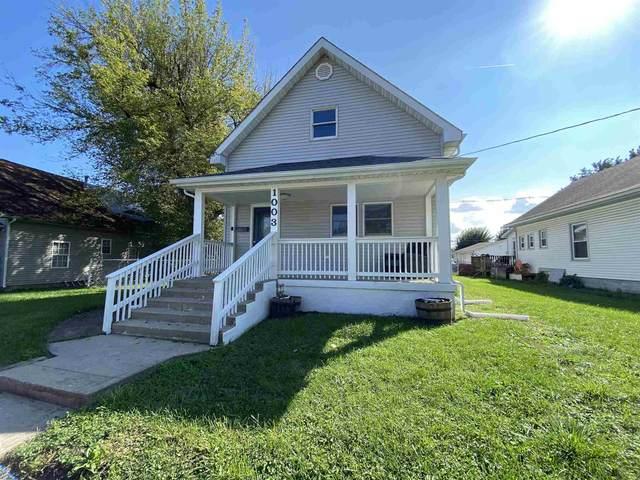 1003 W Jefferson Street, Frankfort, IN 46041 (MLS #202142107) :: The Romanski Group - Keller Williams Realty