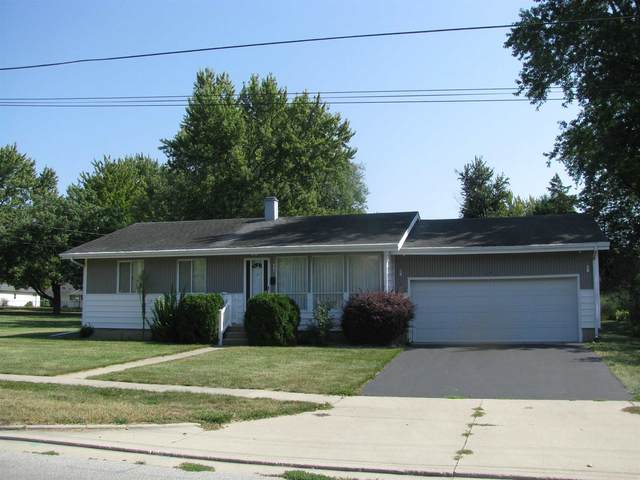 907 N Market Street, North Manchester, IN 46962 (MLS #202142312) :: The Carole King Team