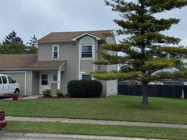 712 Aurora Knoll Lane, Fort Wayne, IN 46825 (MLS #202142488) :: TEAM Tamara