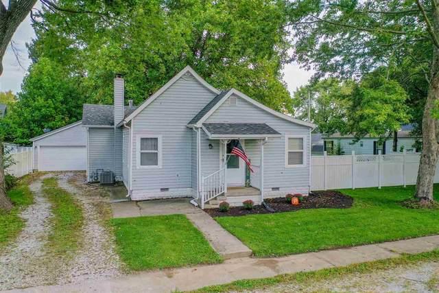 222 W Walnut Street, Sharpsville, IN 46068 (MLS #202142514) :: The Romanski Group - Keller Williams Realty
