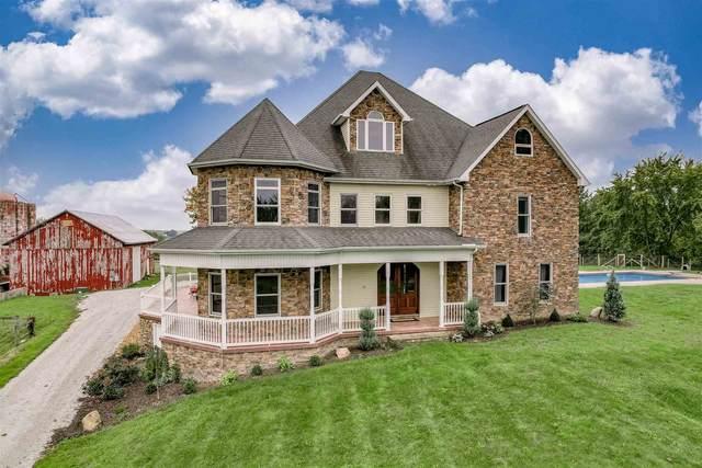 8038 E 350 N, Kendallville, IN 46755 (MLS #202142546) :: JM Realty Associates, Inc.