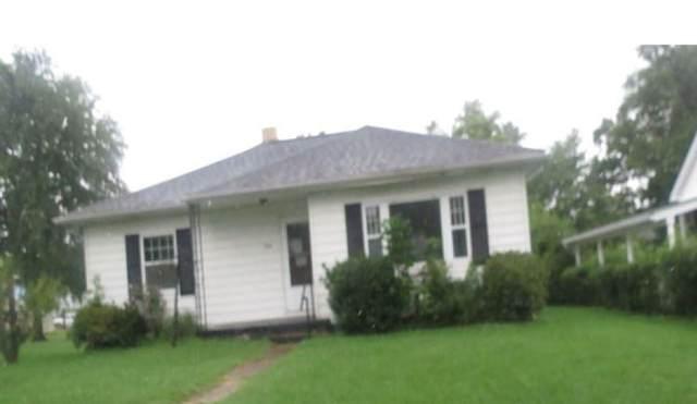 408 S Walnut Street, Huntingburg, IN 47542 (MLS #202142888) :: The Hill Team