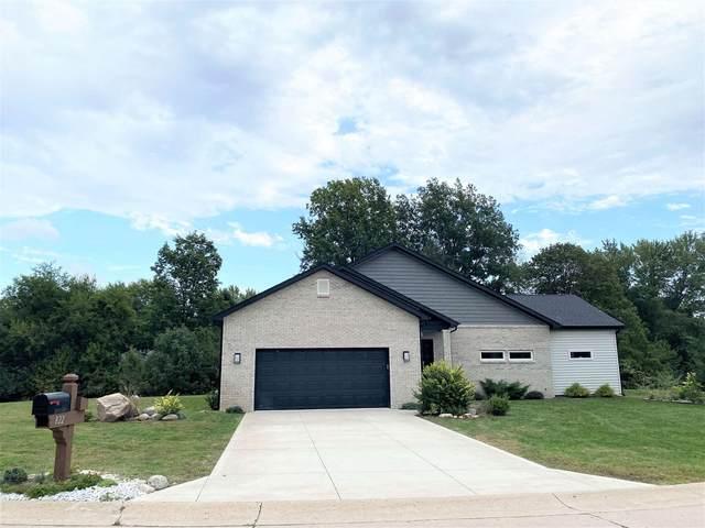 822 Shady Creek Drive, Lafayette, IN 47905 (MLS #202143113) :: The Romanski Group - Keller Williams Realty