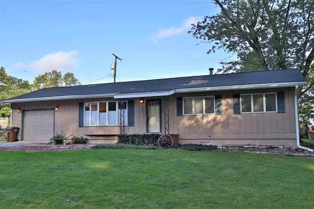 965 Maxwell Avenue, Monticello, IN 47960 (MLS #202143230) :: The Romanski Group - Keller Williams Realty
