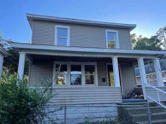 157 South Shore Drive, Elkhart, IN 46516 (MLS #202143764) :: JM Realty Associates, Inc.