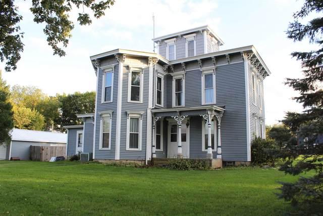 55 N Maple Street, Andrews, IN 46702 (MLS #202143766) :: JM Realty Associates, Inc.