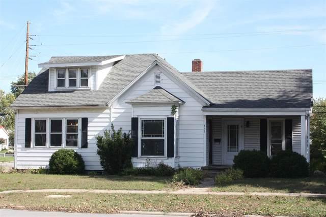 916 N Monticello St Street, Winamac, IN 46996 (MLS #202144035) :: The Hill Team
