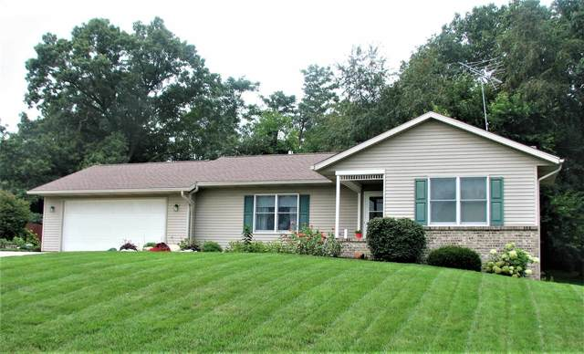 415 Fairview Drive, Goshen, IN 46528 (MLS #202144069) :: Aimee Ness Realty Group