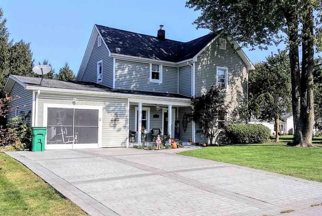 150 W Kinsey Drive, Russiaville, IN 46979 (MLS #202144585) :: The Romanski Group - Keller Williams Realty