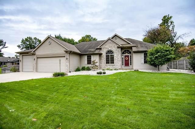 26892 Oak Cove Drive, Elkhart, IN 46514 (MLS #202144726) :: Aimee Ness Realty Group