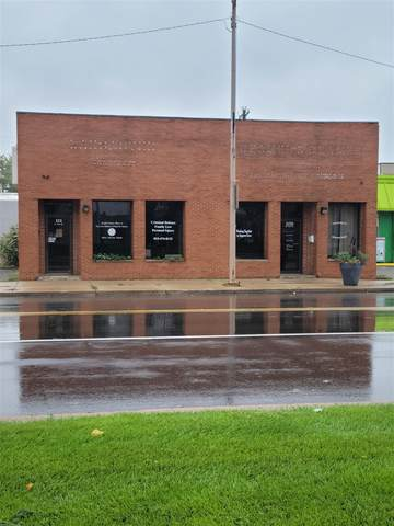 109 E 9th Street, Rochester, IN 46975 (MLS #202144827) :: The Natasha Hernandez Team
