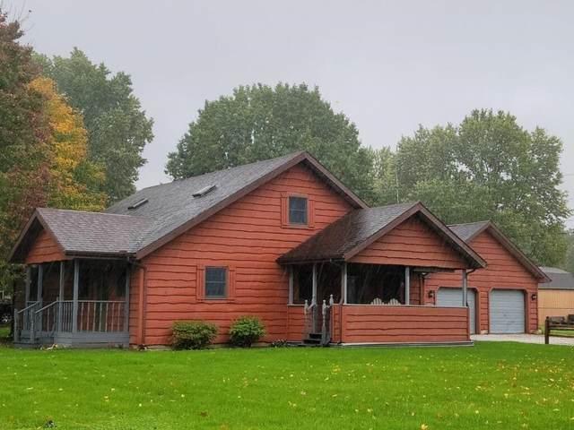 1702 E Olive Street, Marion, IN 46953 (MLS #202145032) :: The Romanski Group - Keller Williams Realty