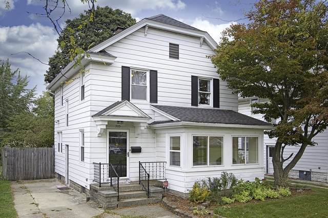 305 Donmoyer Avenue, South Bend, IN 46614 (MLS #202145092) :: Aimee Ness Realty Group