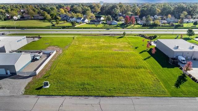 7611 Maplecrest Road, Fort Wayne, IN 46835 (MLS #202145151) :: The Harris Jarboe Group | Keller Williams Capital Realty