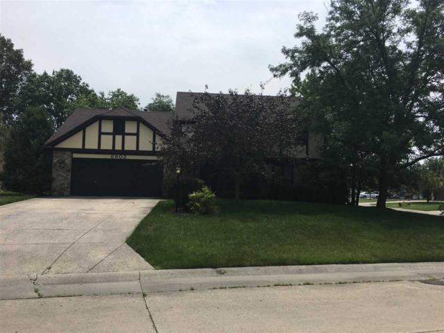 6902 Hillsboro Court, Fort Wayne, IN 46835 (MLS #201728490) :: Tamara Braun Realtor Re/Max Results