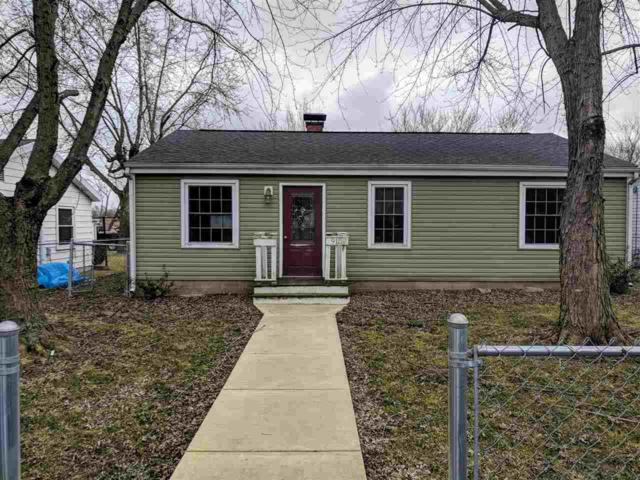 915 W Barber, Hartford City, IN 47348 (MLS #201810373) :: The ORR Home Selling Team