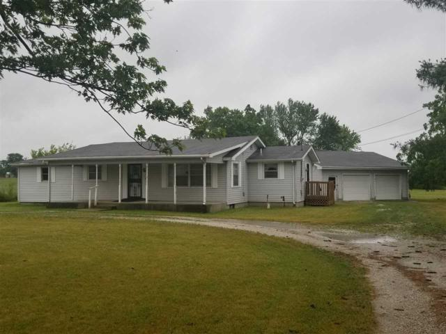 4256 E 100 SOUTH, Marion, IN 46953 (MLS #201826989) :: Parker Team