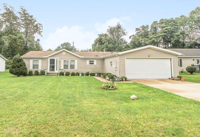 53192 Crystal Pond Drive, Elkhart, IN 46514 (MLS #201842967) :: The ORR Home Selling Team
